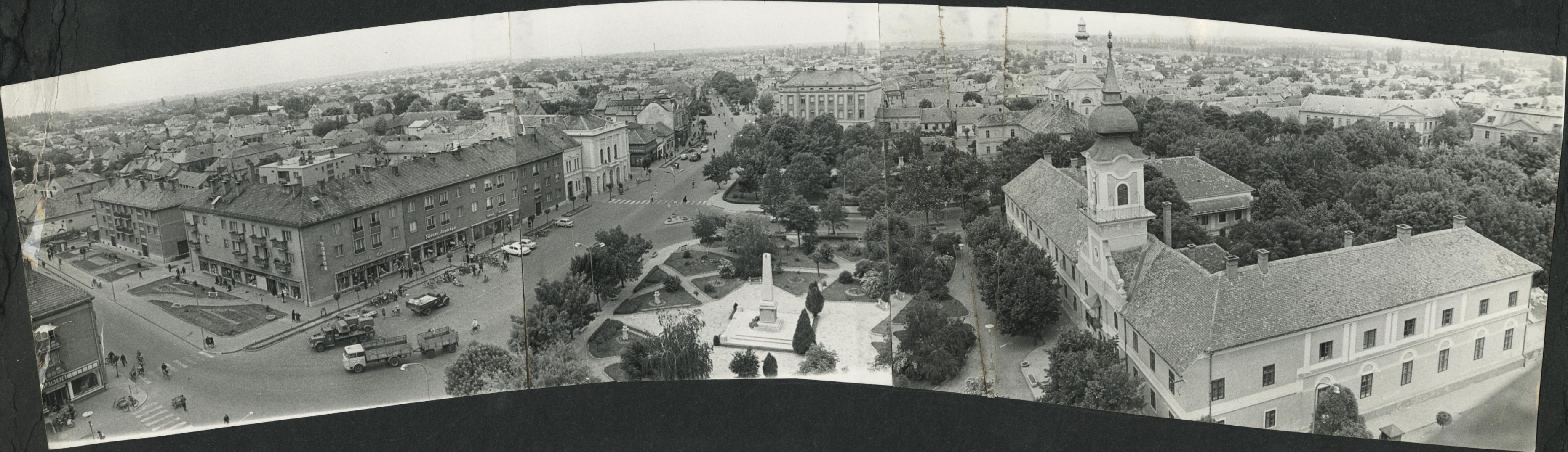 Panorámakép Nagykőrösről, a református templom tornyából