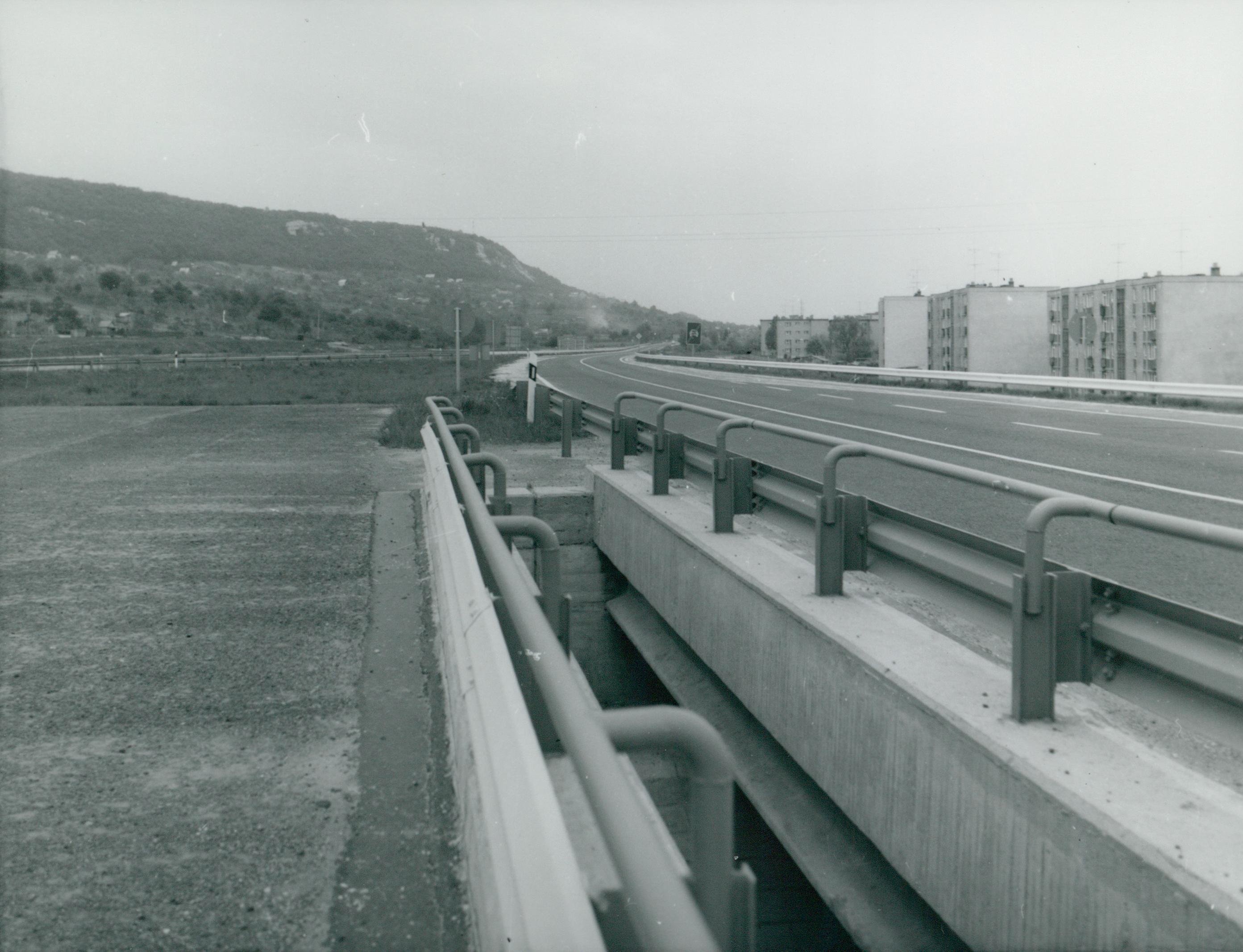 Az M1-es autópálya Tatabányánál