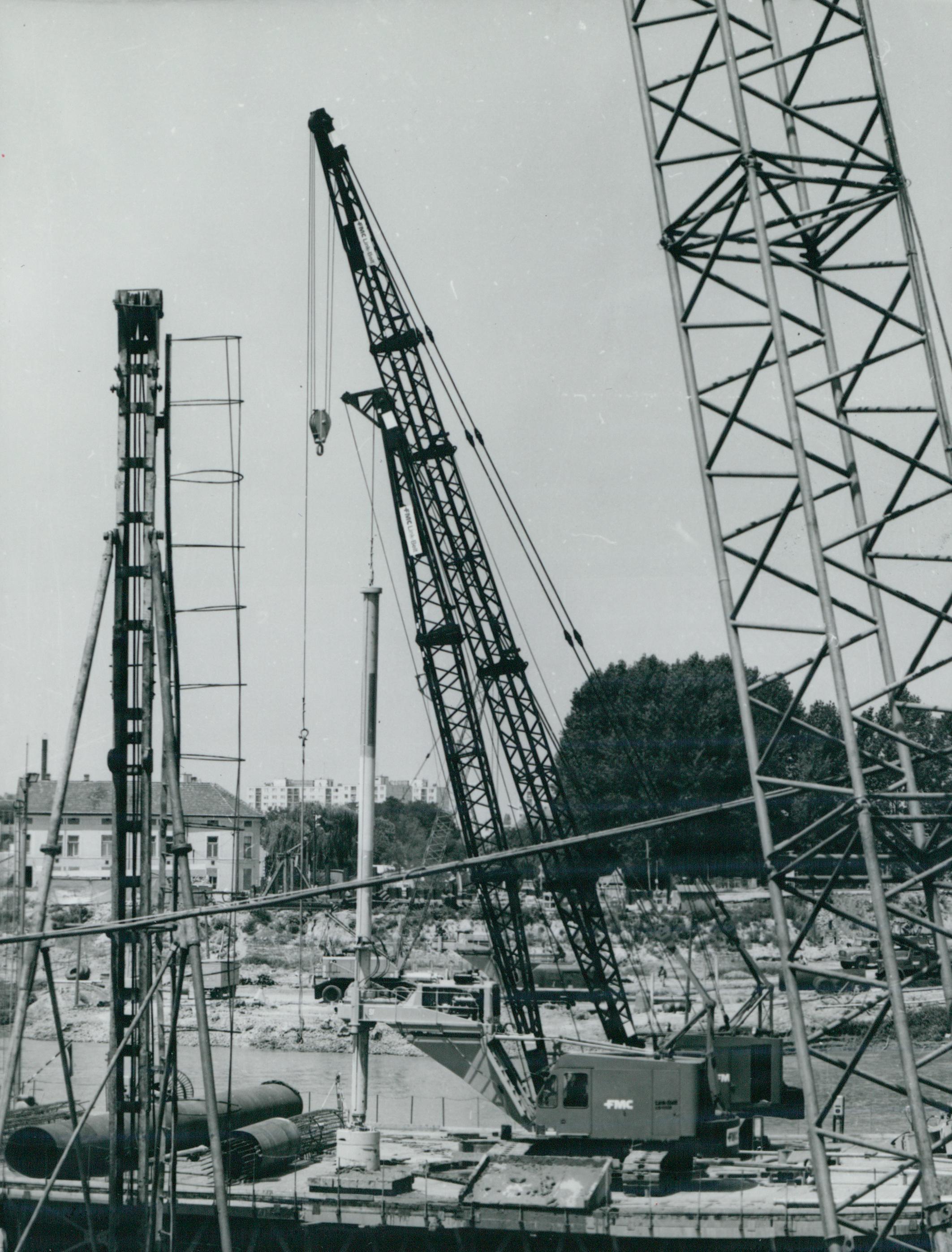 A szegedi új Tisza-híd építése