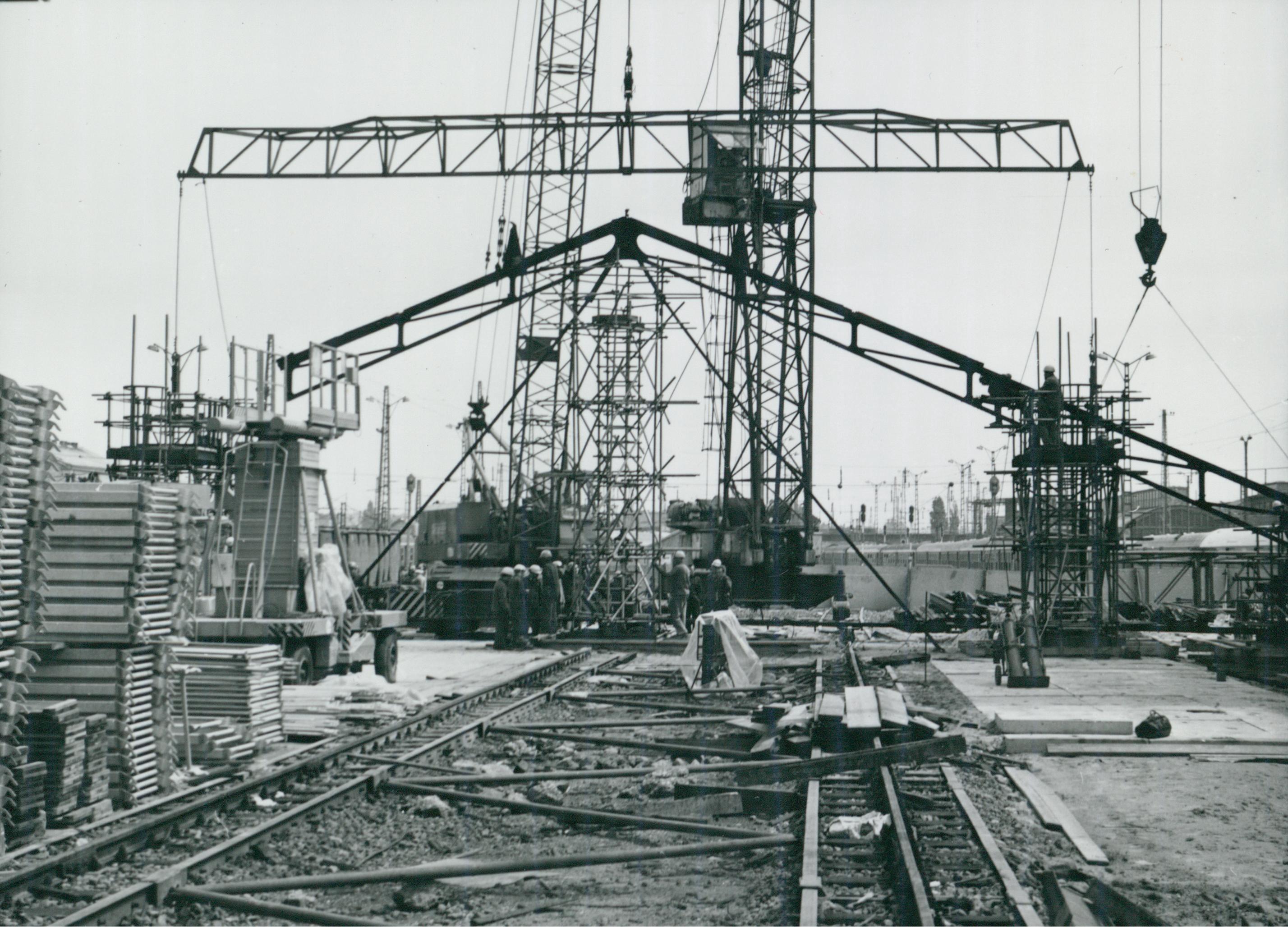 A Nyugati pályaudvar tetőszerkezetének főtartója