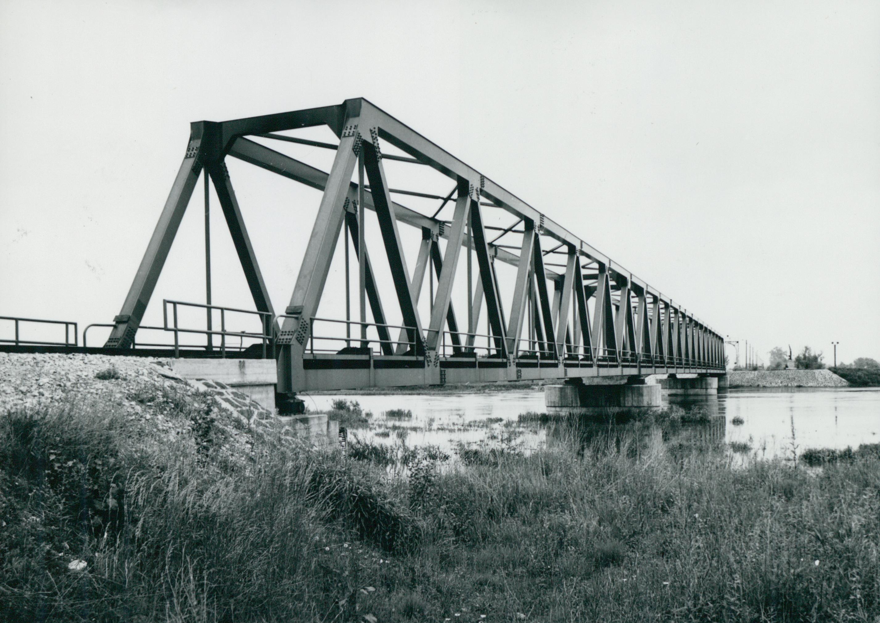 A murakeresztúri vasúti híd