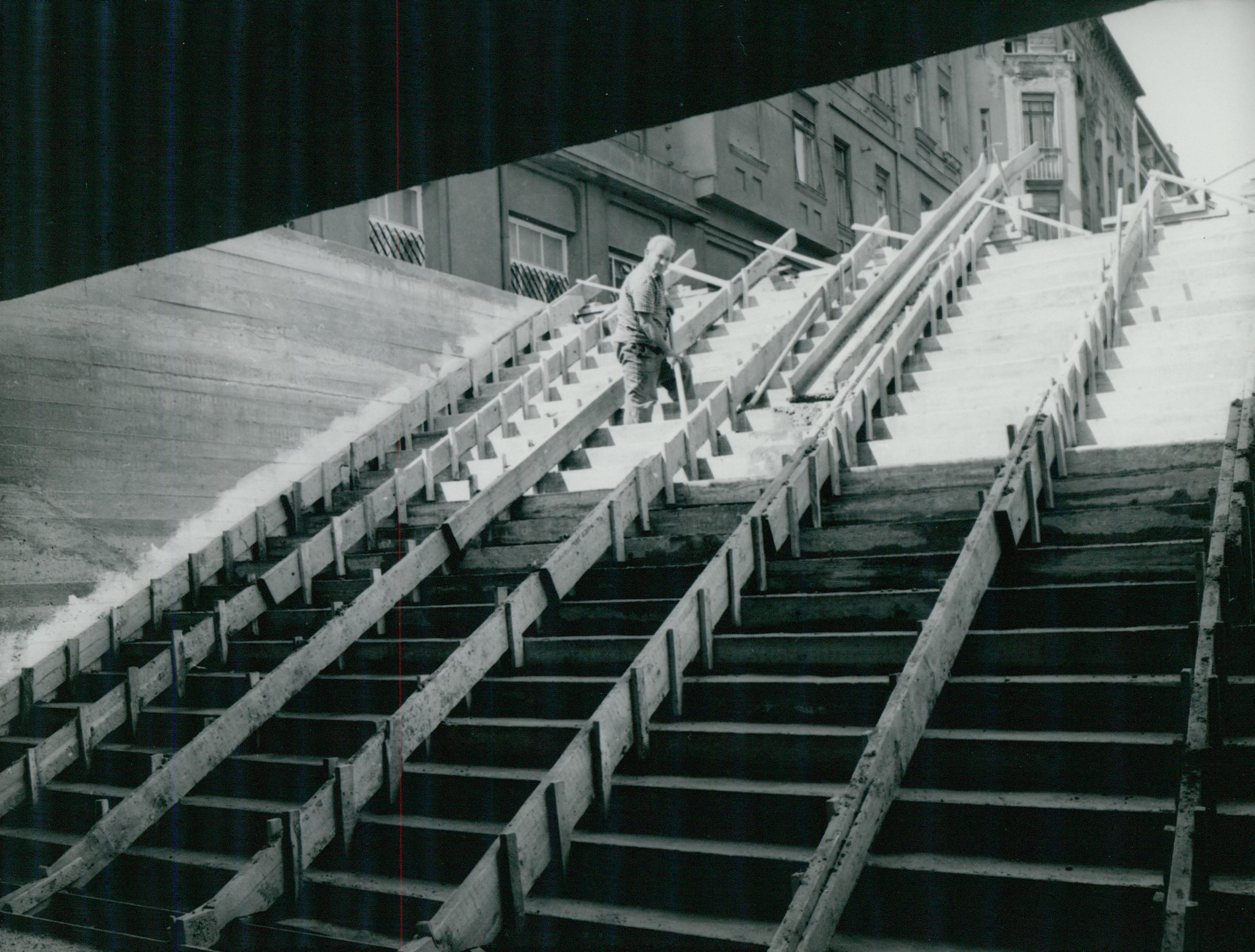 Aluljáró építése a Frankel Leó utcában