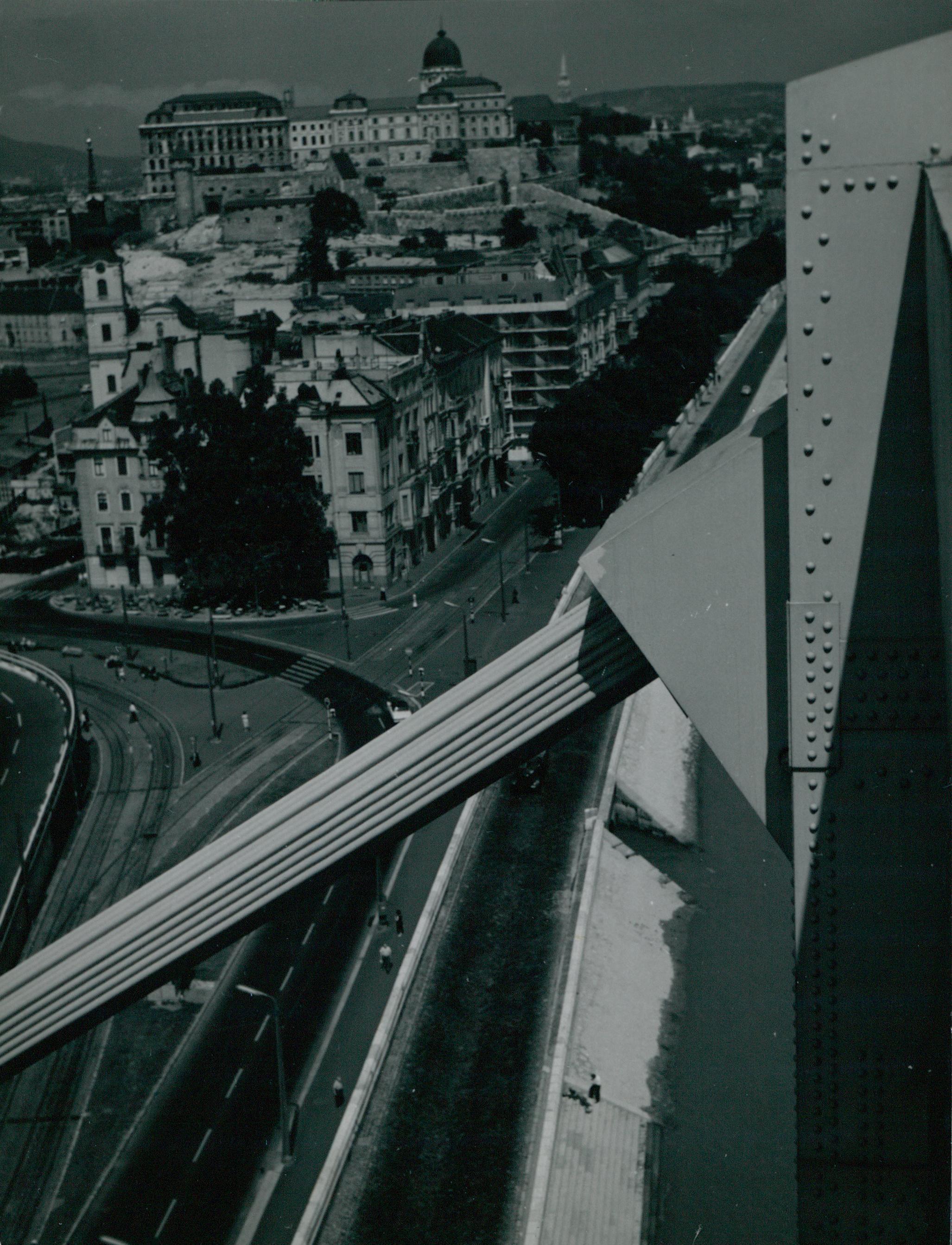 Az Erzsébet híd egyik függesztőkábele