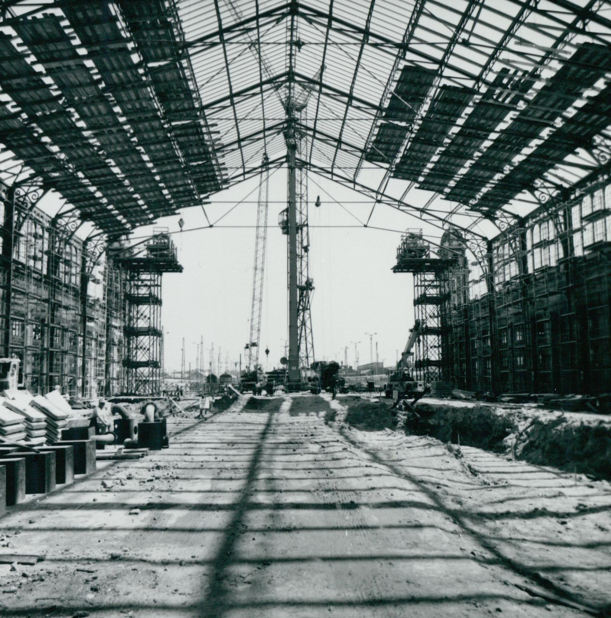A Nyugati pályaudvar felújított fedélszéke