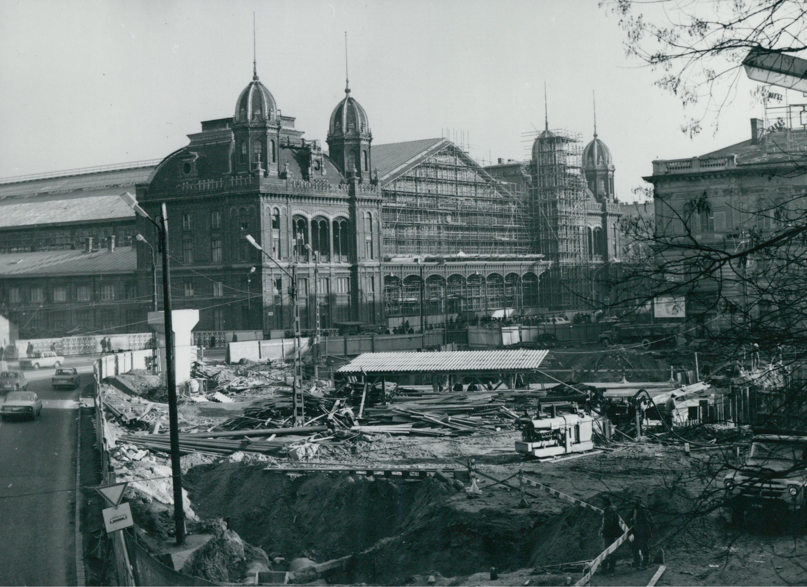 A Nyugati tér és a pályaudvar egyidejű rekonstrukciója