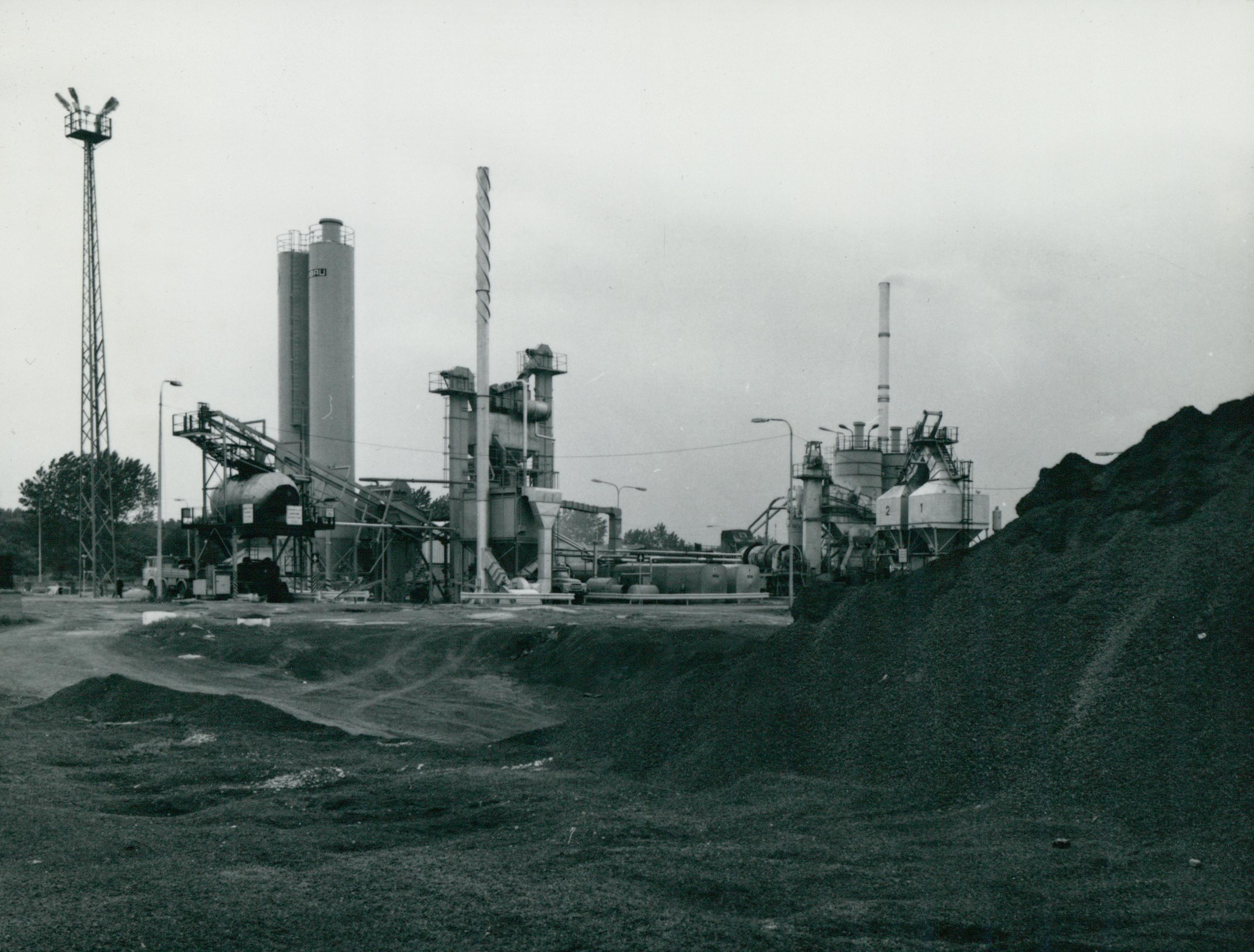 A Lőrinci úti aszfaltgyártótelep látképe
