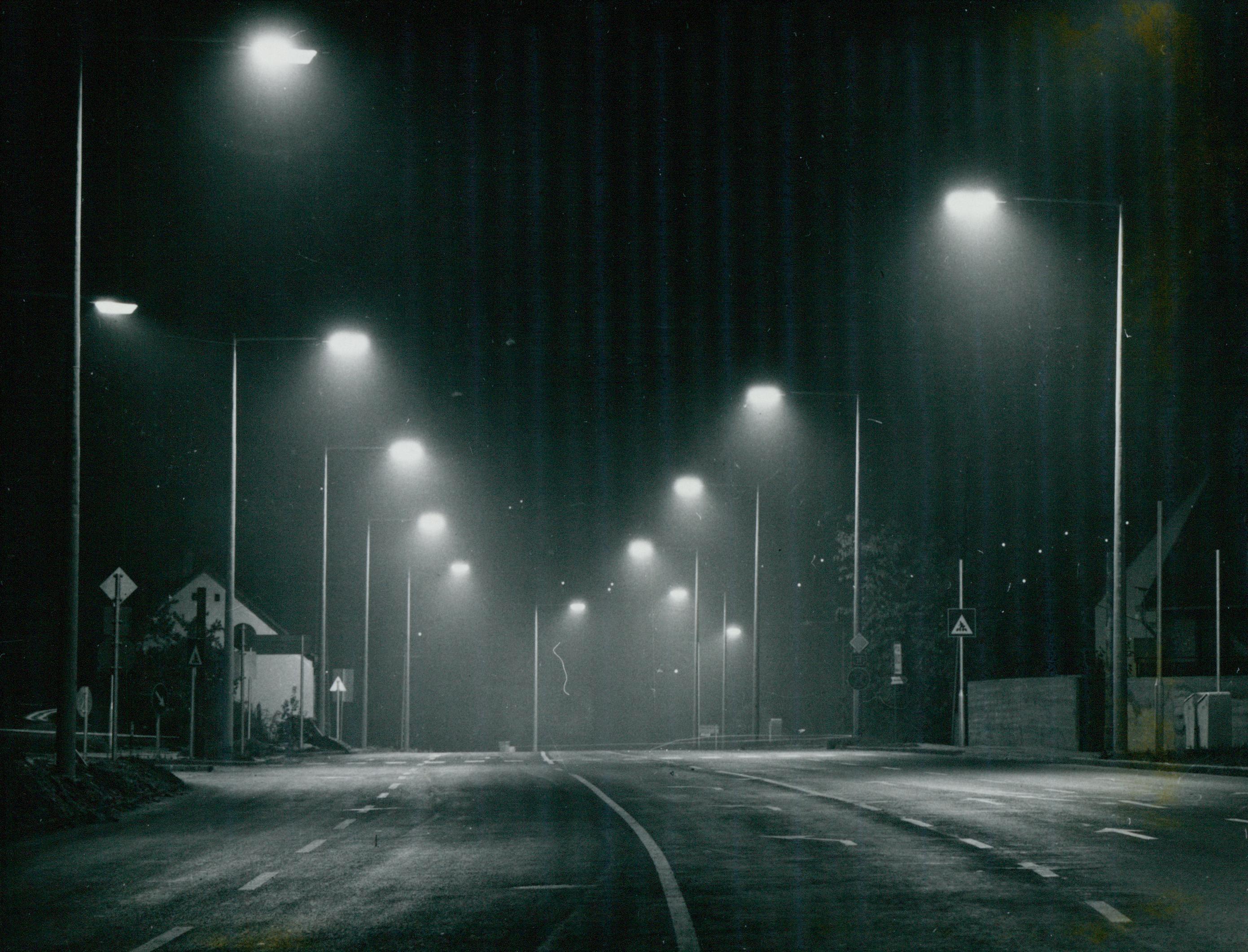A szentendrei 11-es főút világítása éjjel