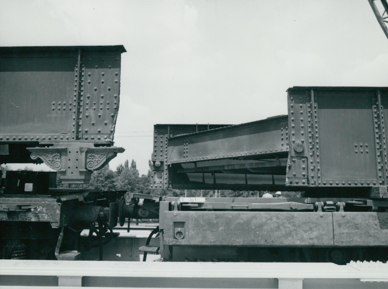 Az Üllői úti vasúti híd lecserélt szerkezeti elemei