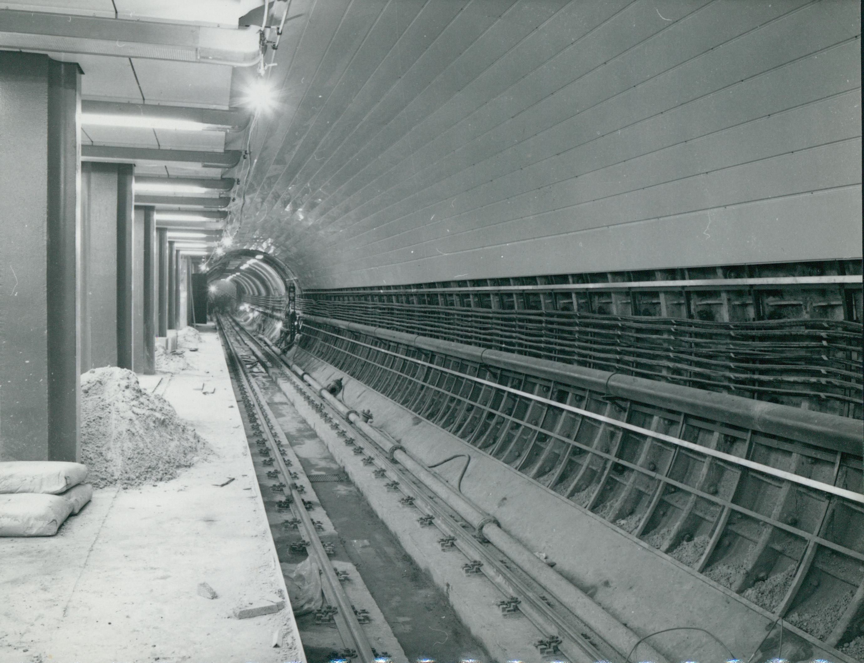 A 3-as metró Nyugati téri megállójának építése