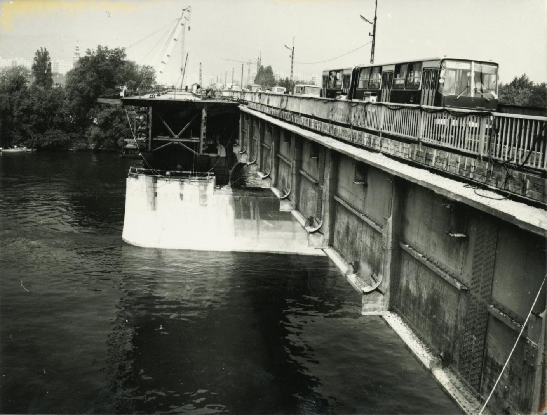 Az Árpád híd bővítése