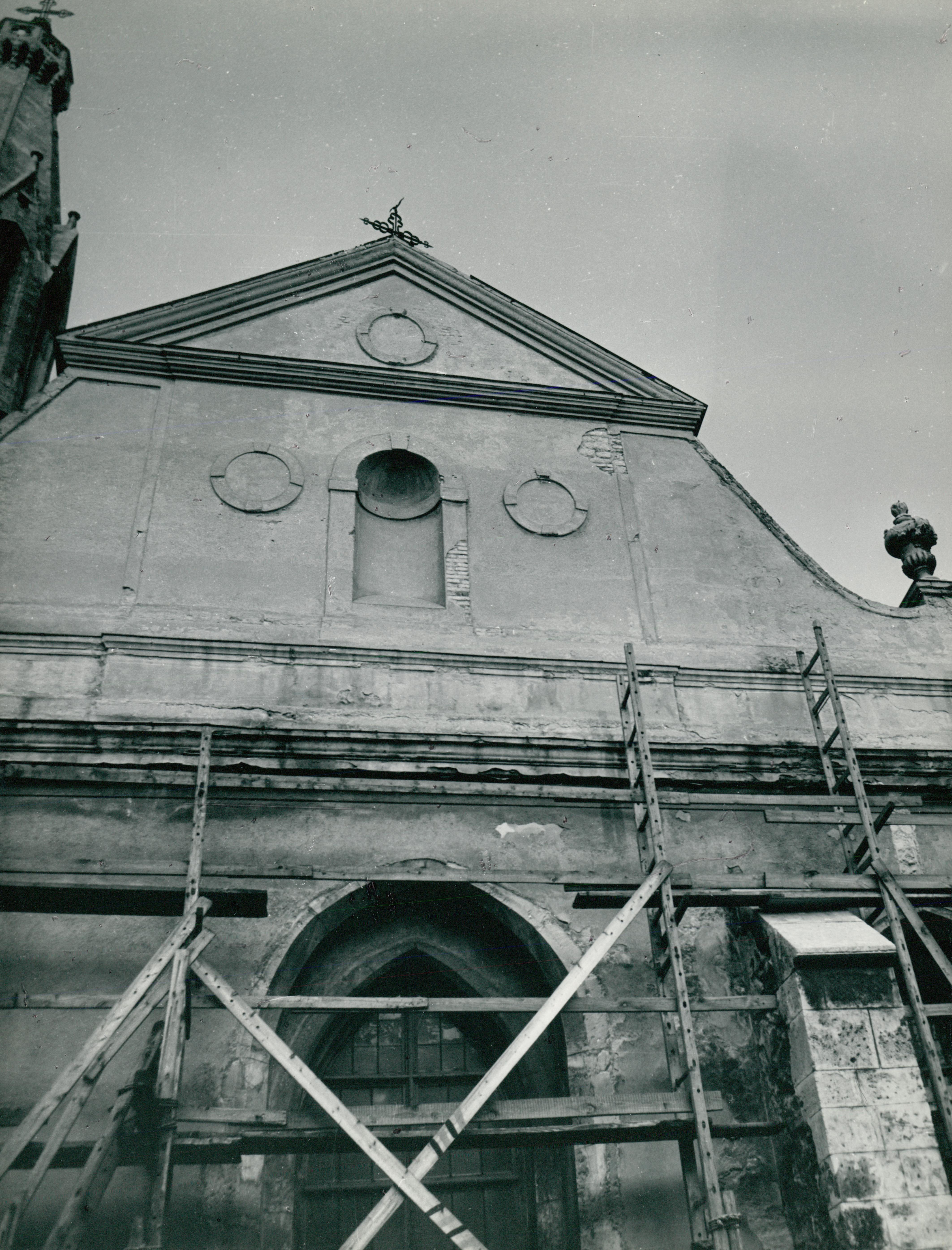 A soproni Nagyboldogasszony-templom felmérése