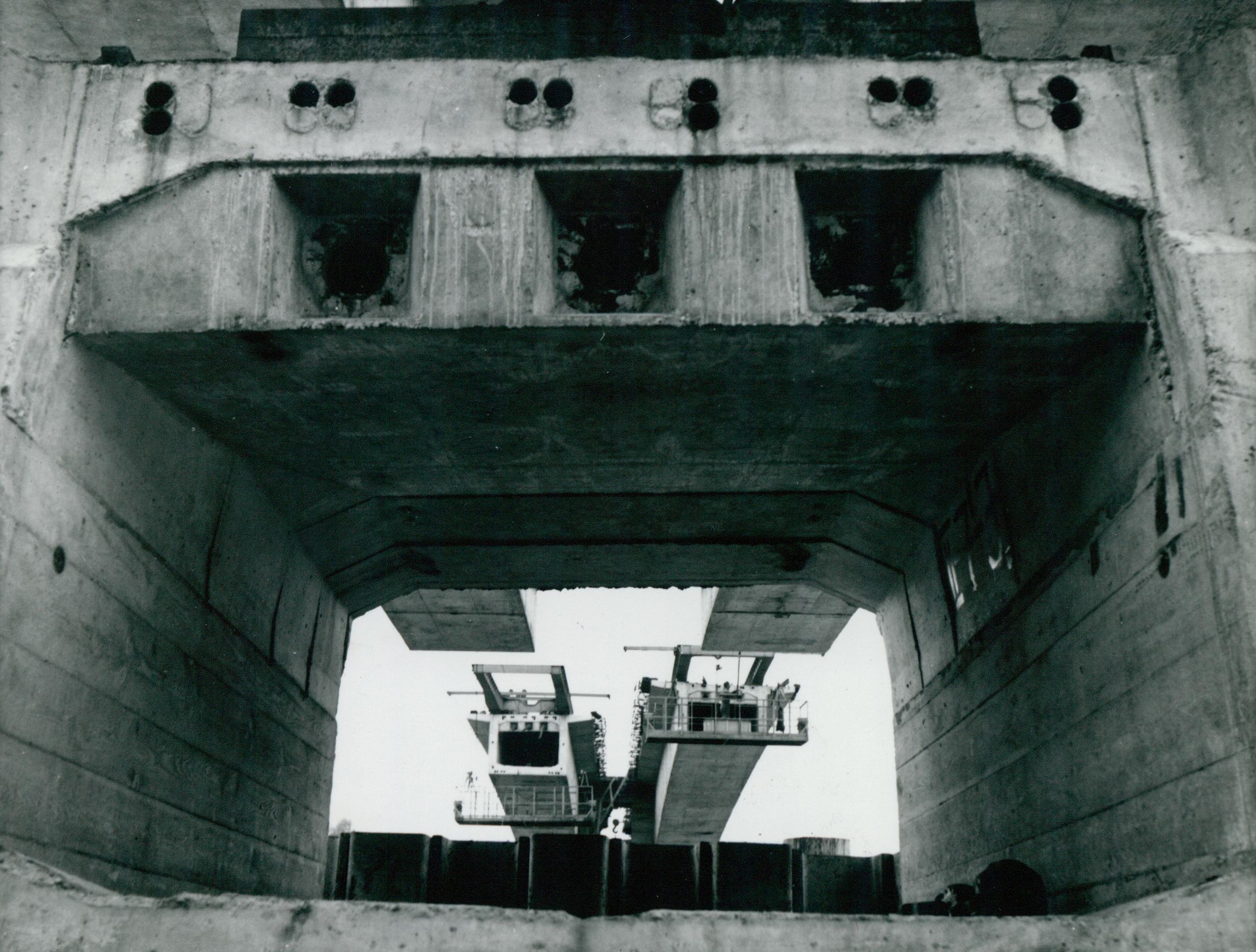 A kunszentmártoni híd előregyártott pályaszerkezeti eleme