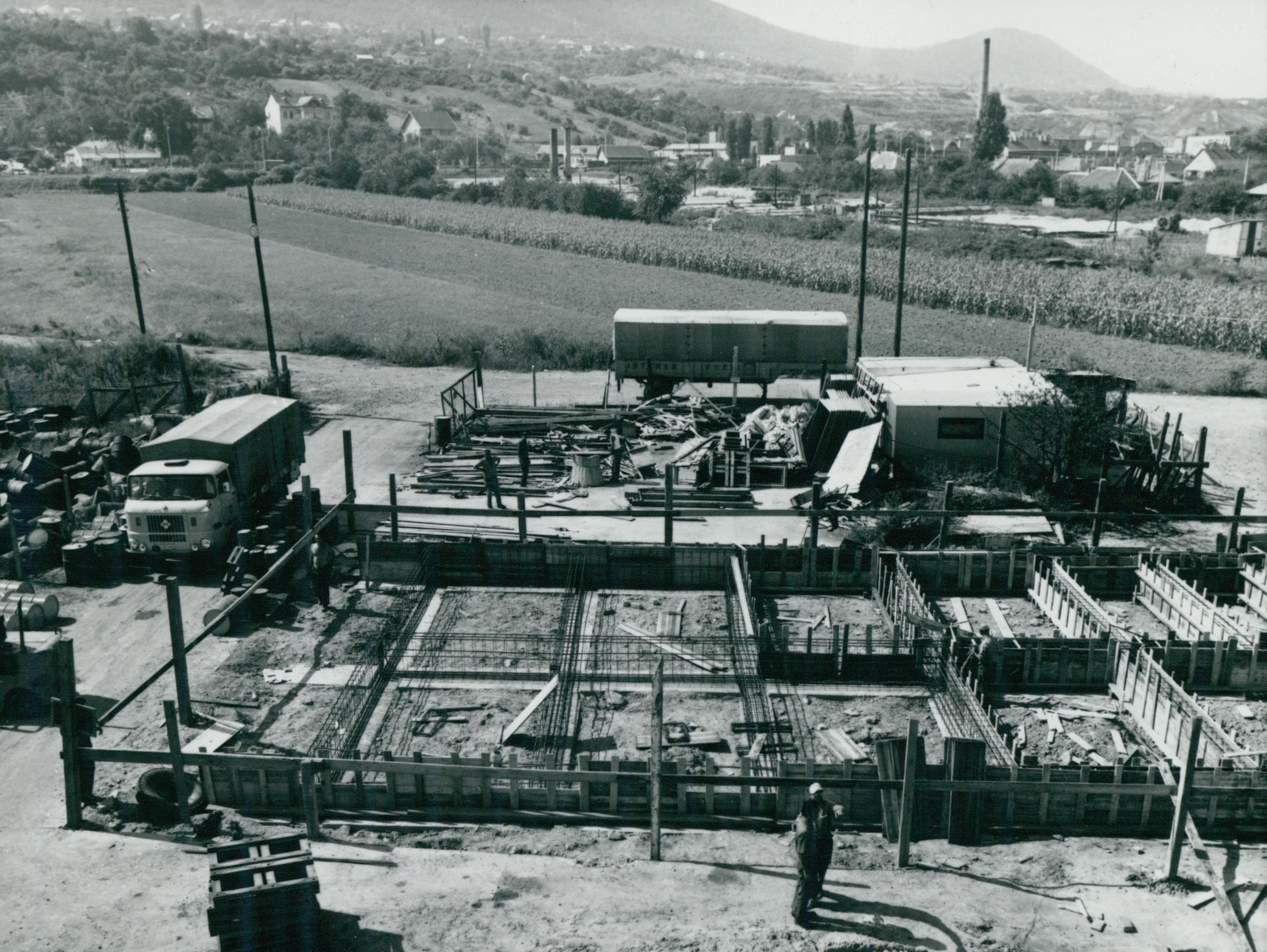 A Csillaghegy úti INTERAG raktár építése