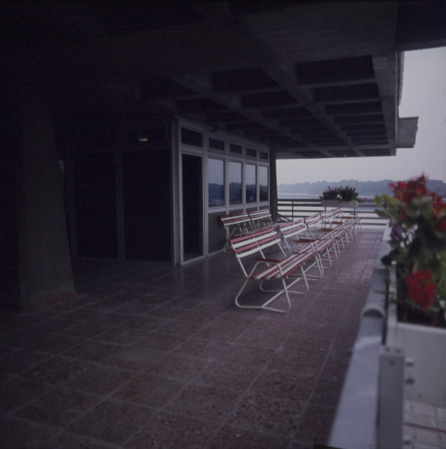 A szentendrei hajóállomás várója