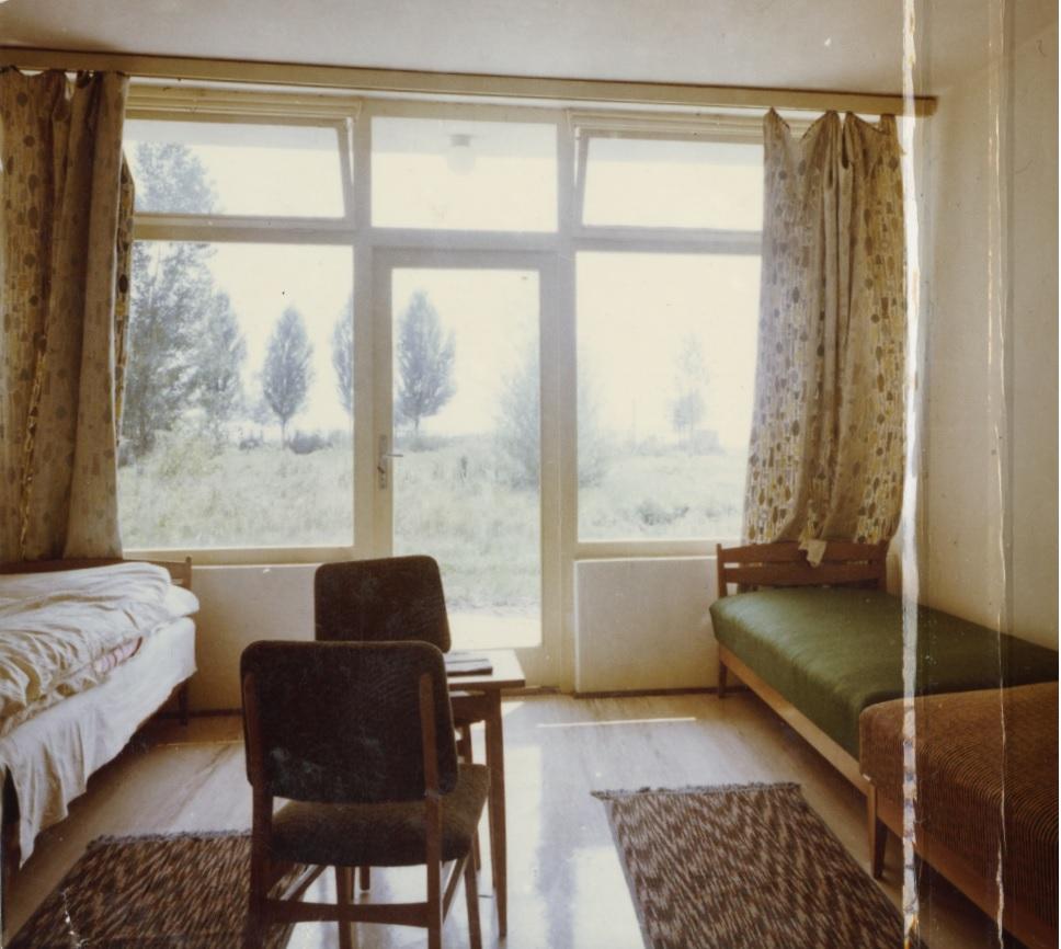 A balatonalmádi Turistaszálló szobája