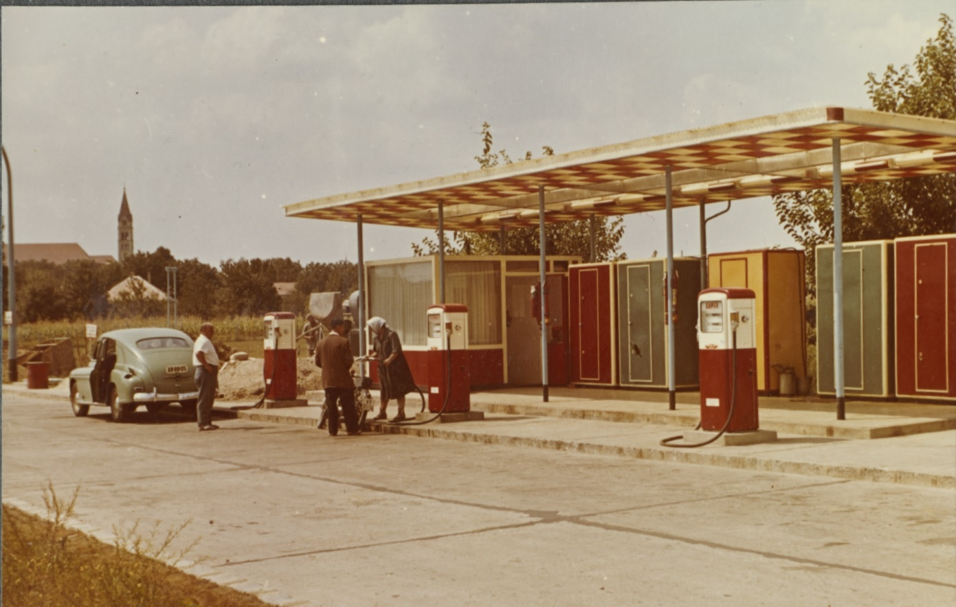 Benzinkút Balatonalmádiban