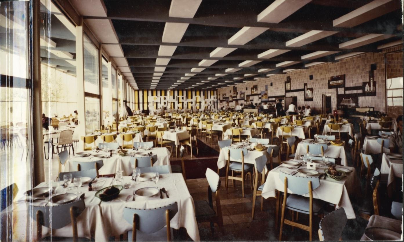 A Siófok Étterem belső tere