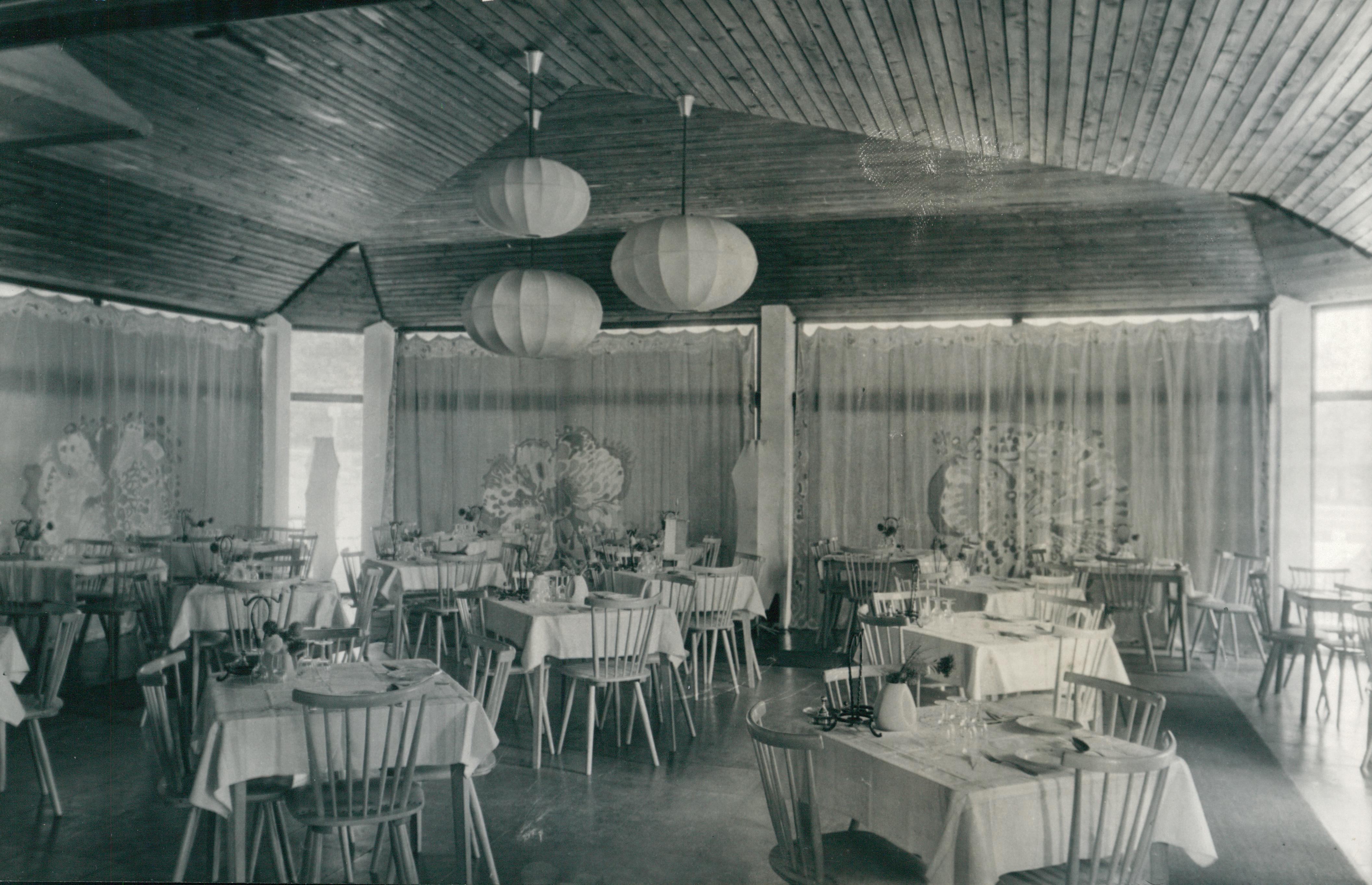 Balatonfüredi étterembelső