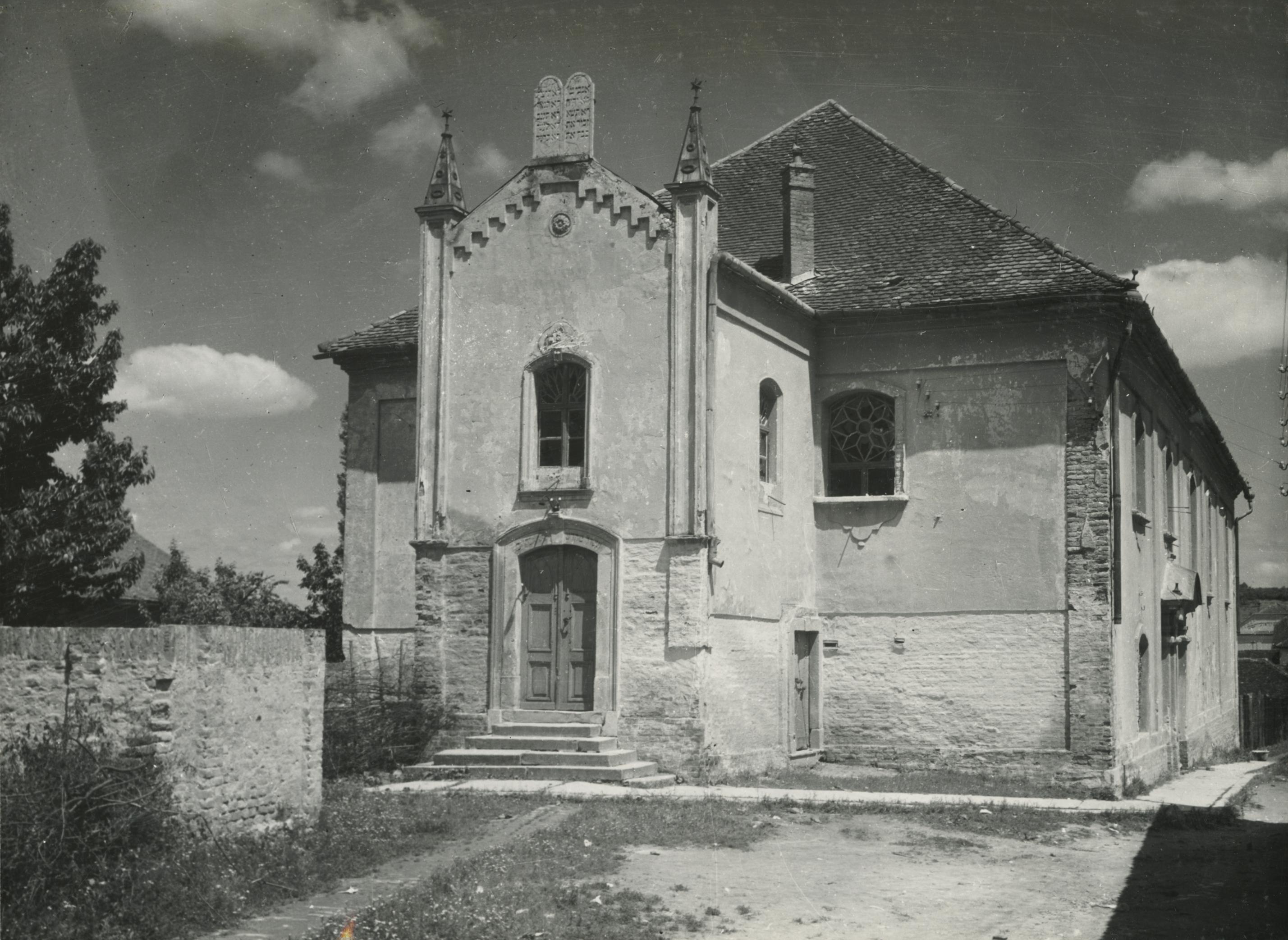 A bonyhádi neológ zsinagóga