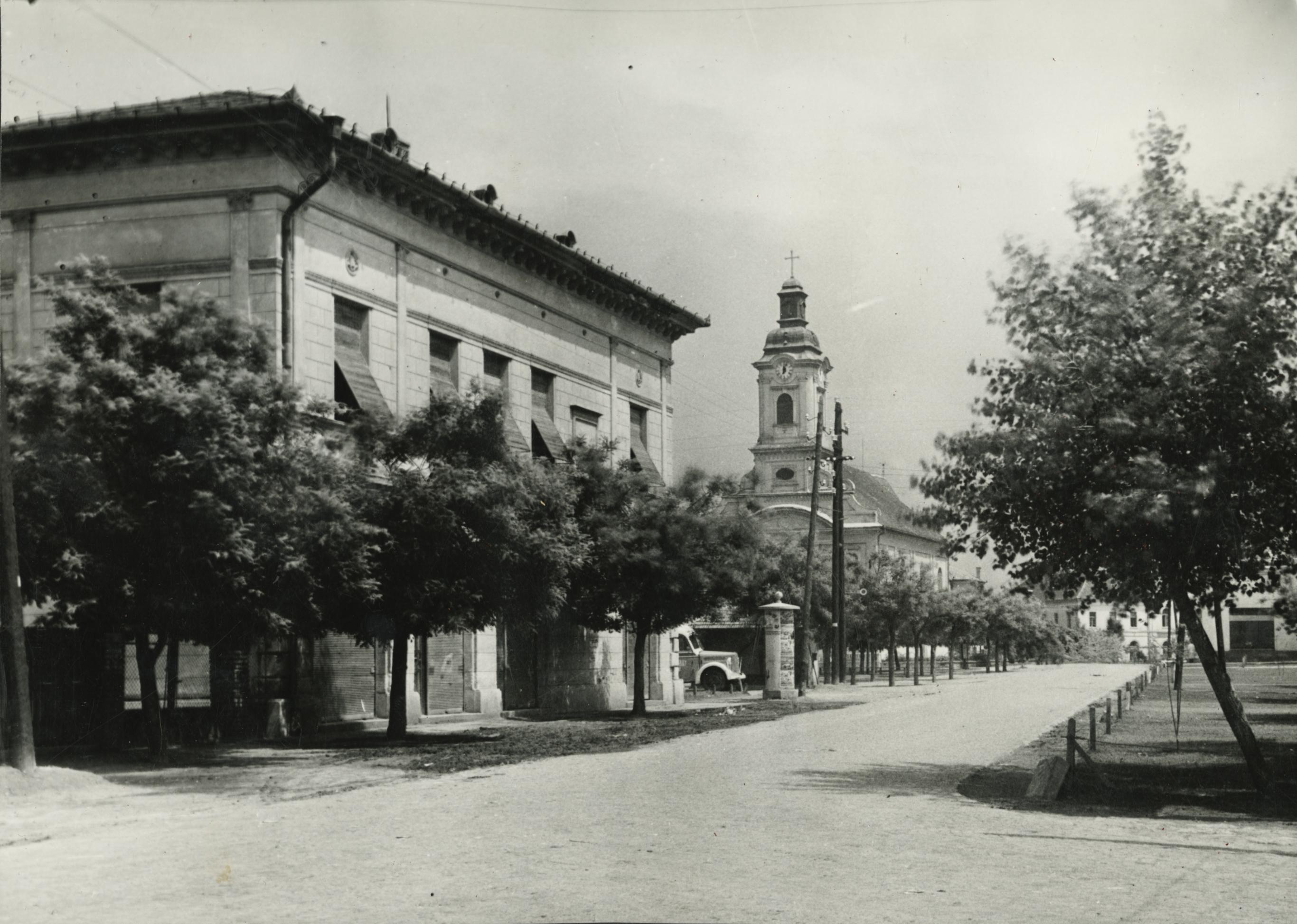 Abony központja a Nagykőrösi utca felől