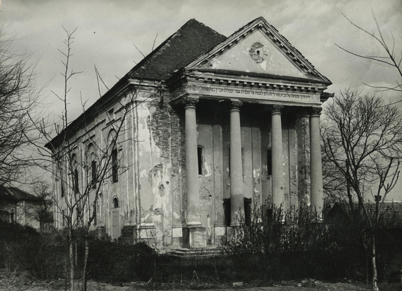 Az abonyi Zsinagóga a Deák Ferenc utcában