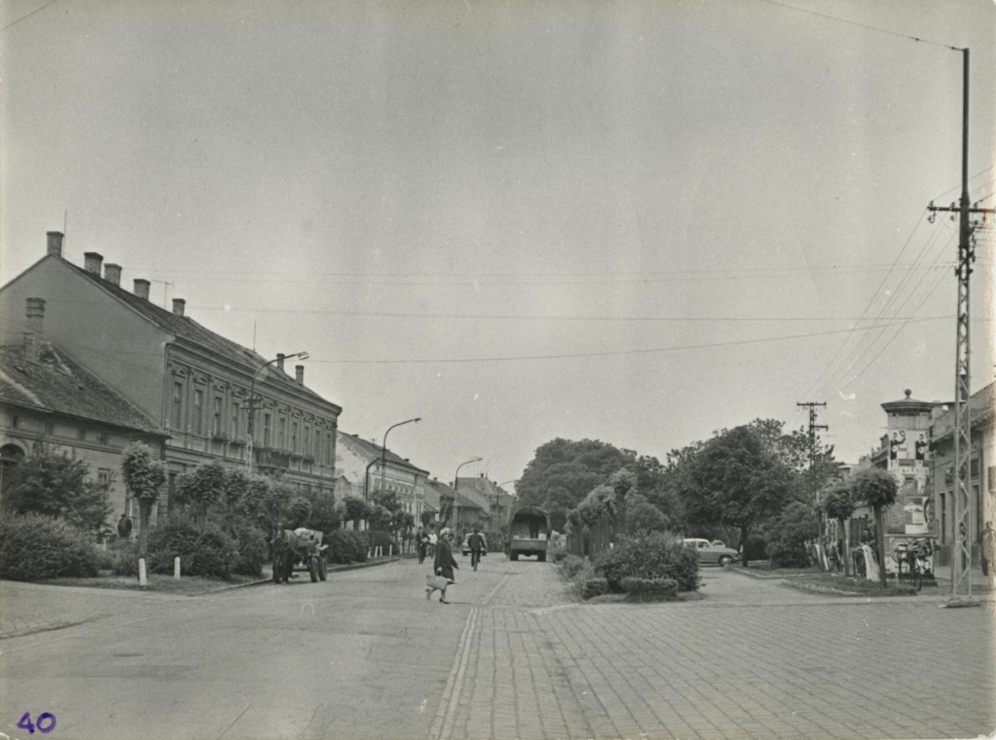 Nagykőrös, Széchenyi tér