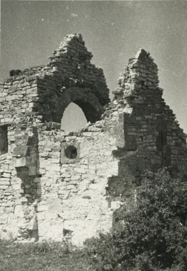 Templomrom Felsődörgicsén