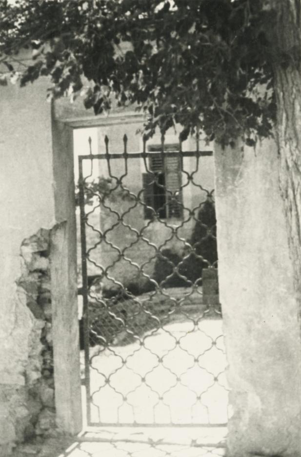 A felsőörsi préposti lak udvari kapuja