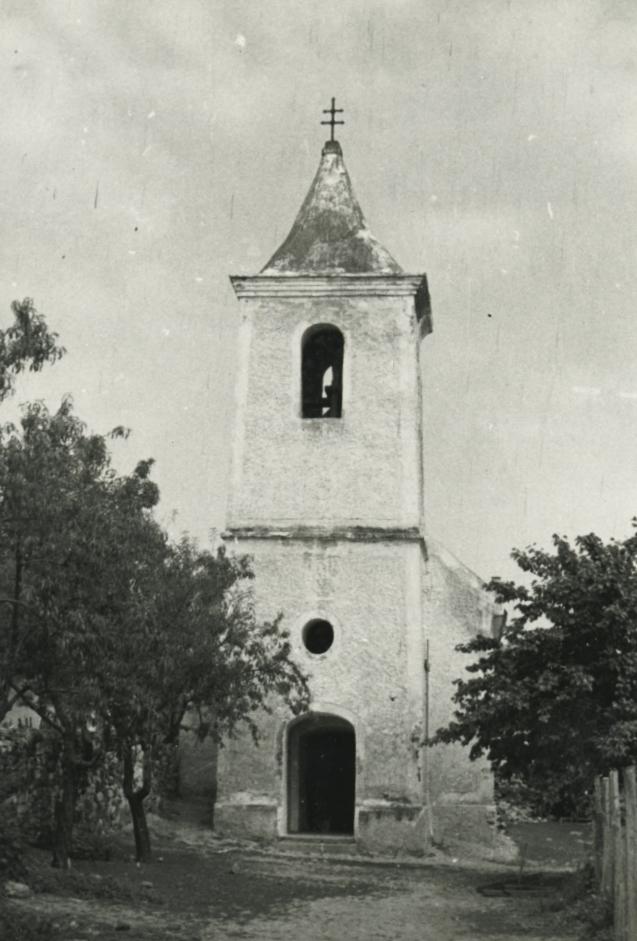 A balatonhenyei római katolikus templom