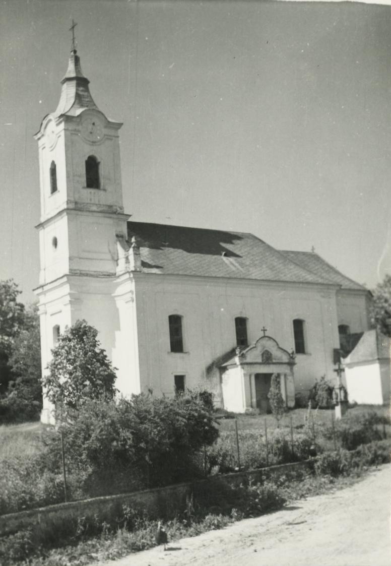 A kapolcsi római katolikus templom