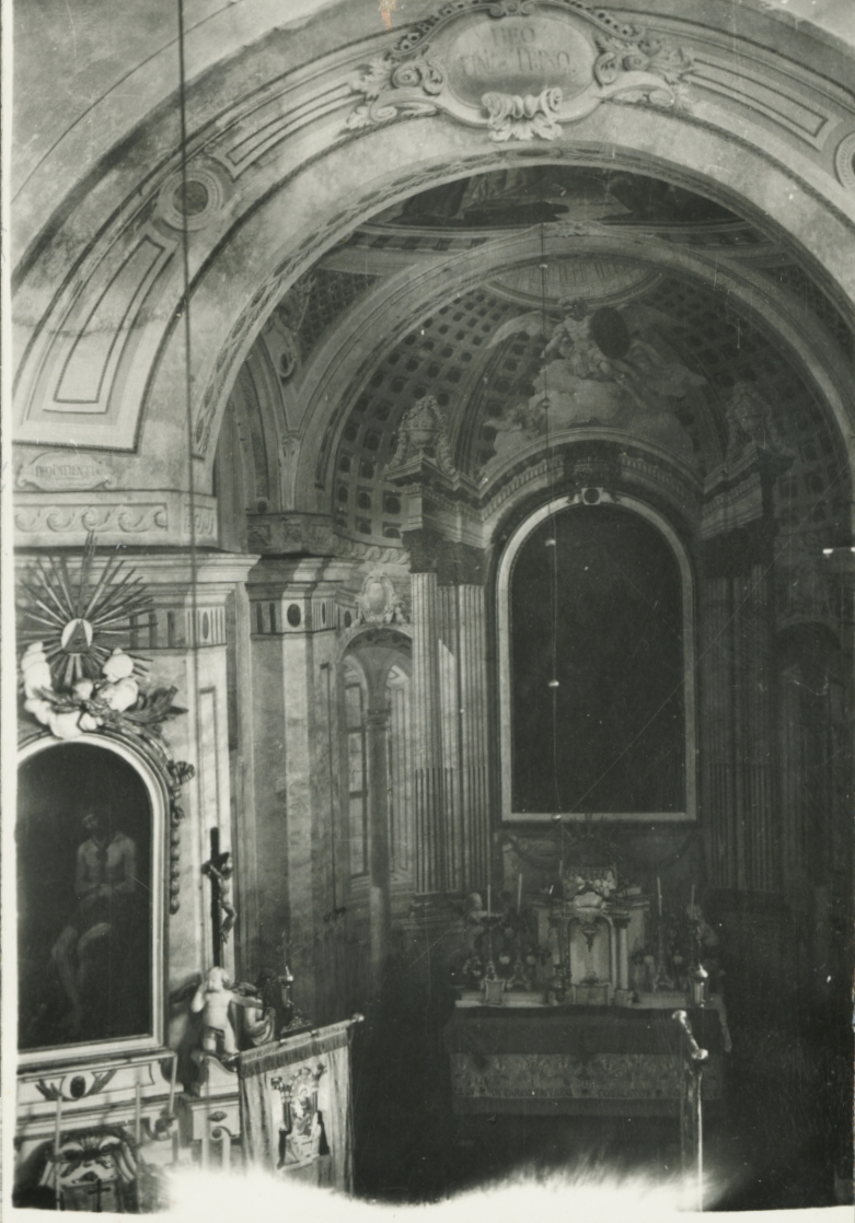 A kapolcsi római katolikus templom belseje