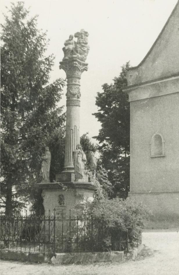Szentháromság szobor Káptalantótiban