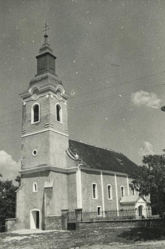 A mencshelyi evangélikus templom