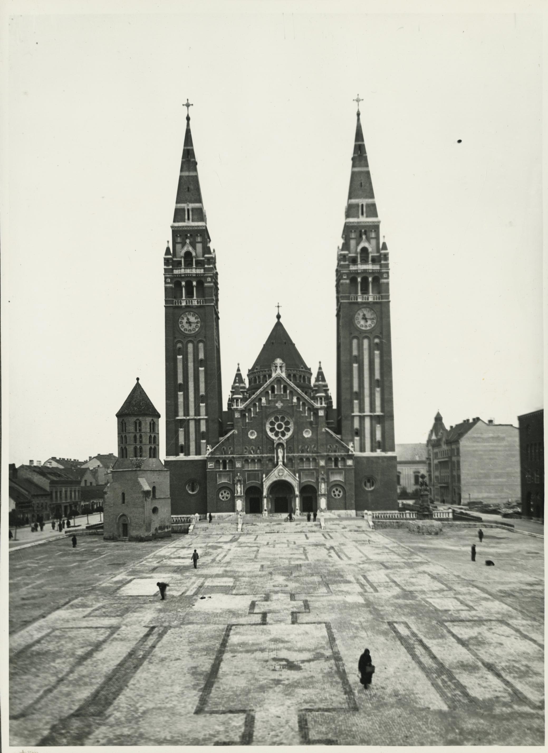 A szegedi Magyarok Nagyasszonya székesegyház (szegedi dóm)