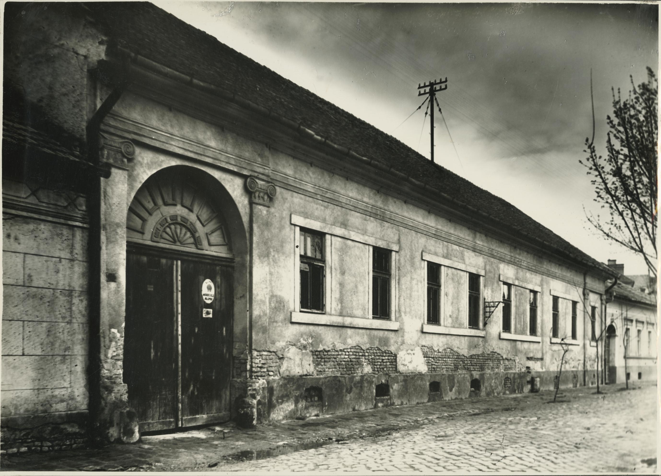 A szegedi Dugonics utca 12. lakóháza