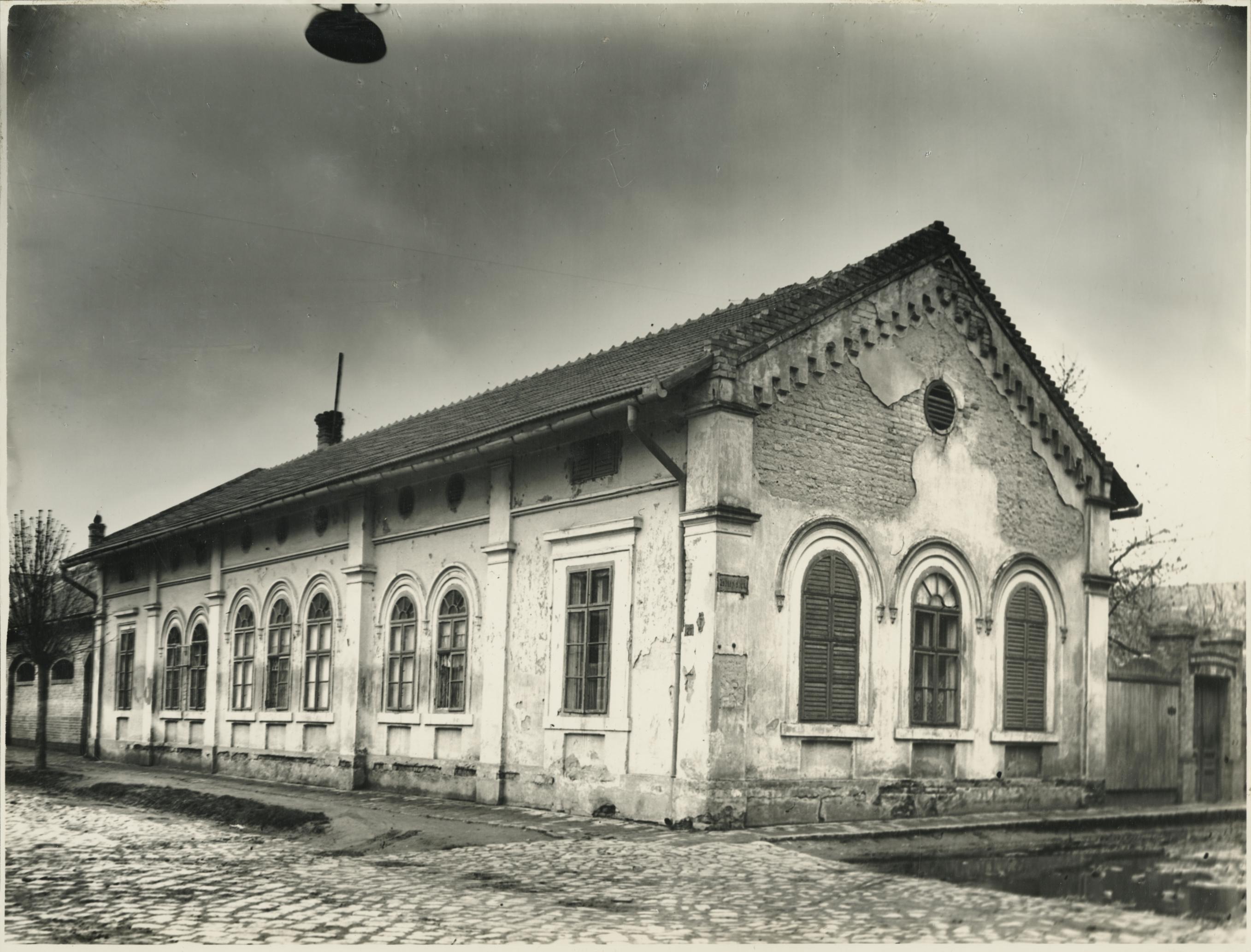 A szegedi Maros utca 27. lakóháza