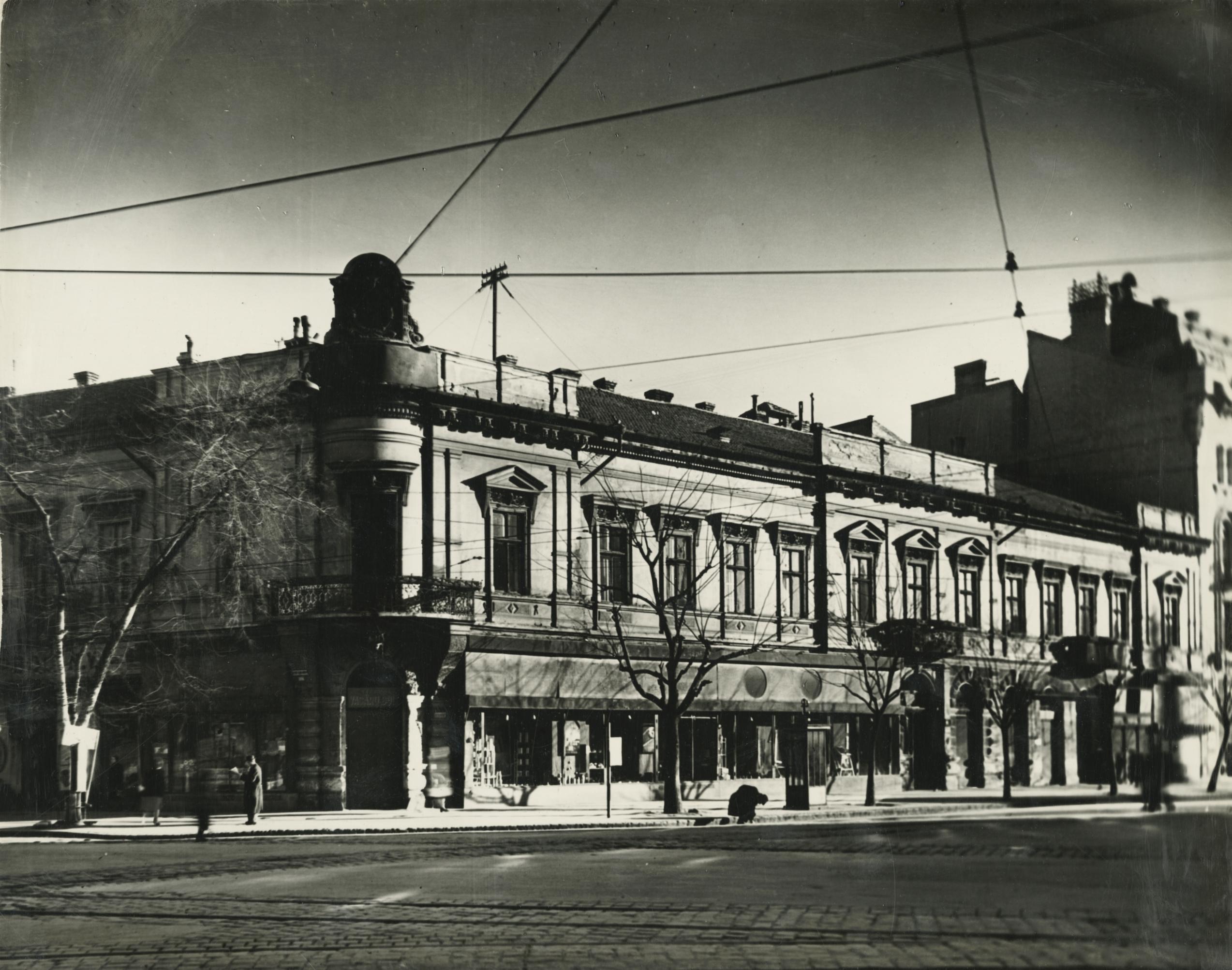 Az egykori Sztálin körút (ma Tisza Lajos körút) 39. számú lakóház