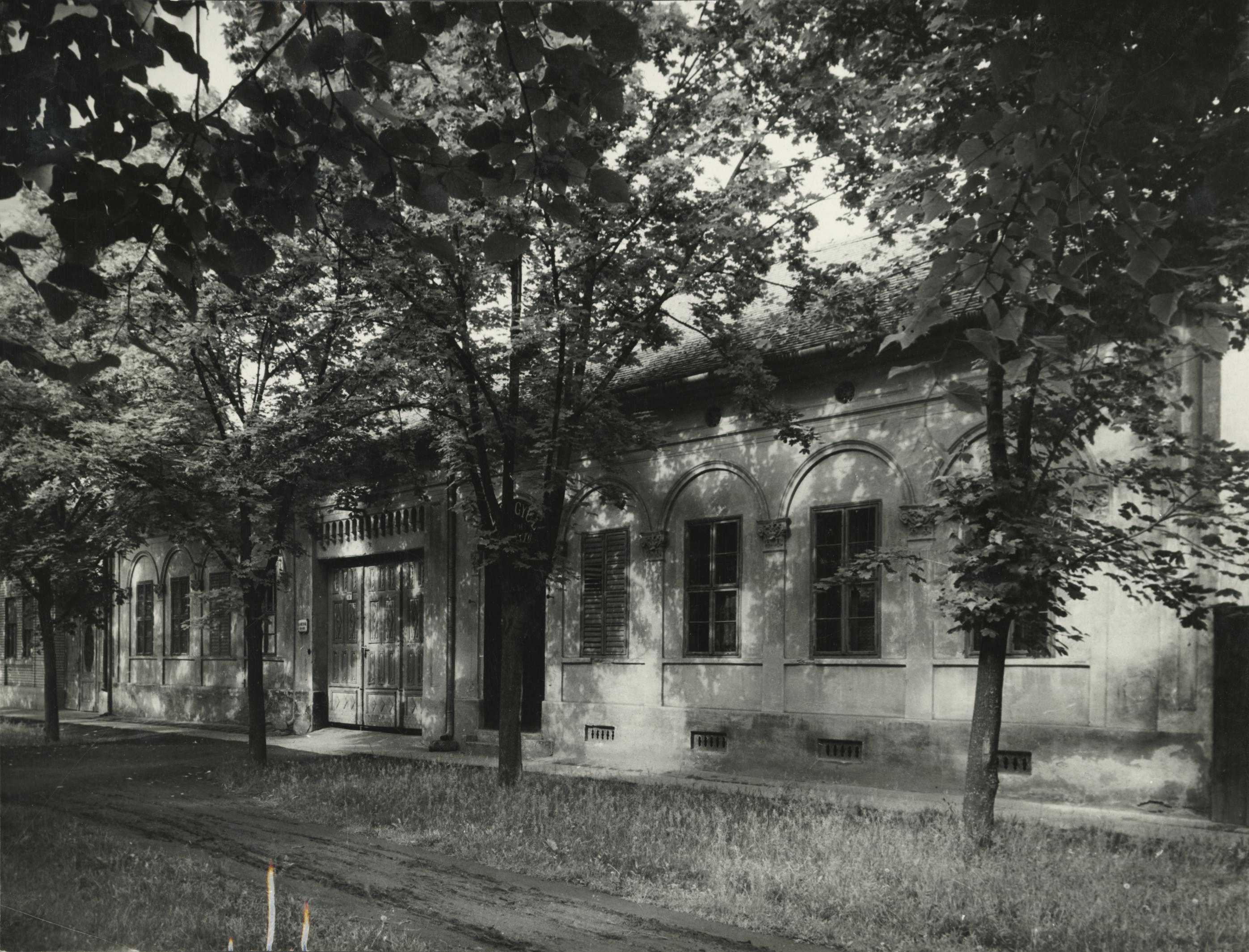 A békési Jantyik Mátyás utca 6. szám alatti lakóház