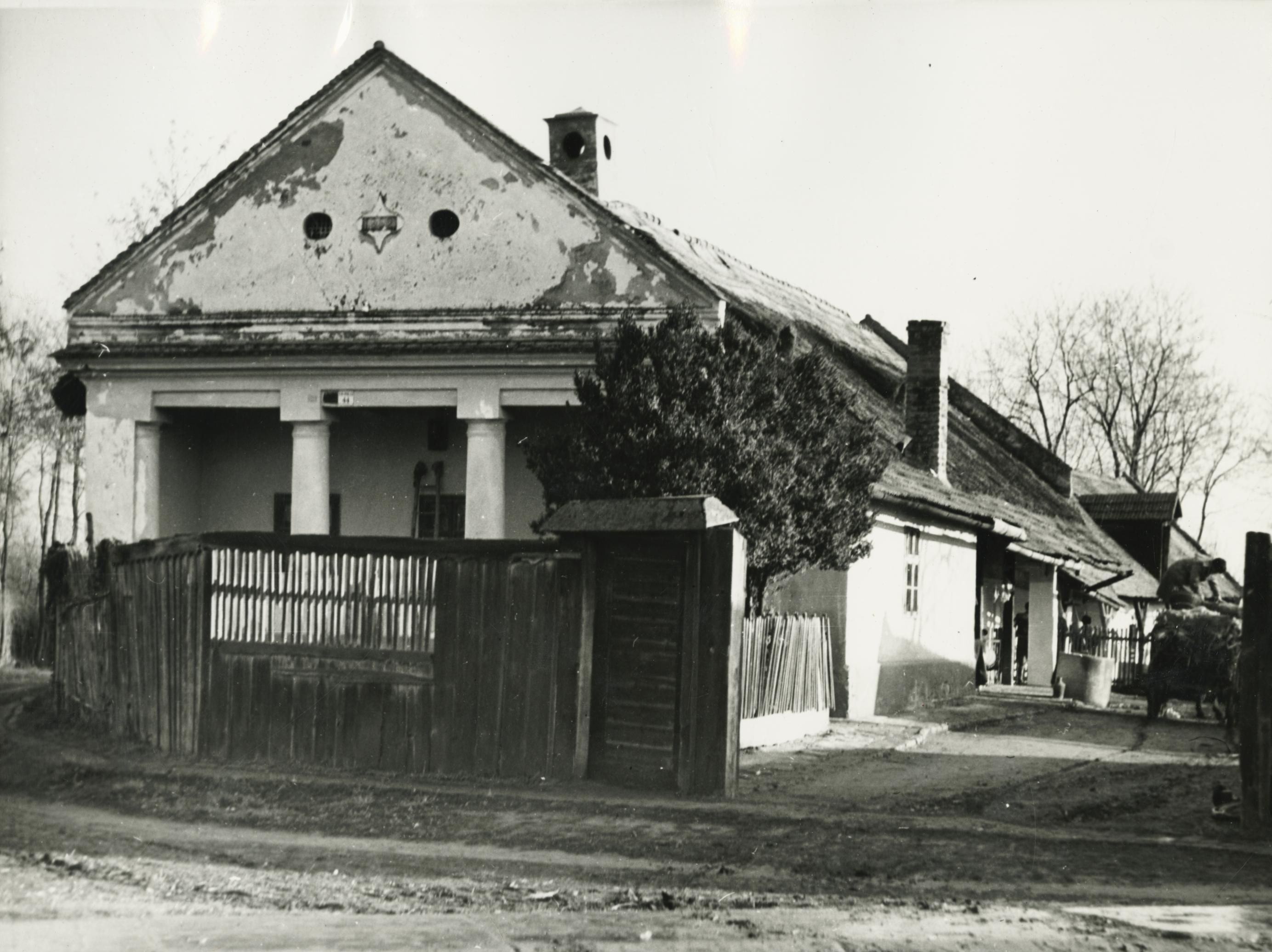 A békési Kispince utca 44. szám alatti lakóház