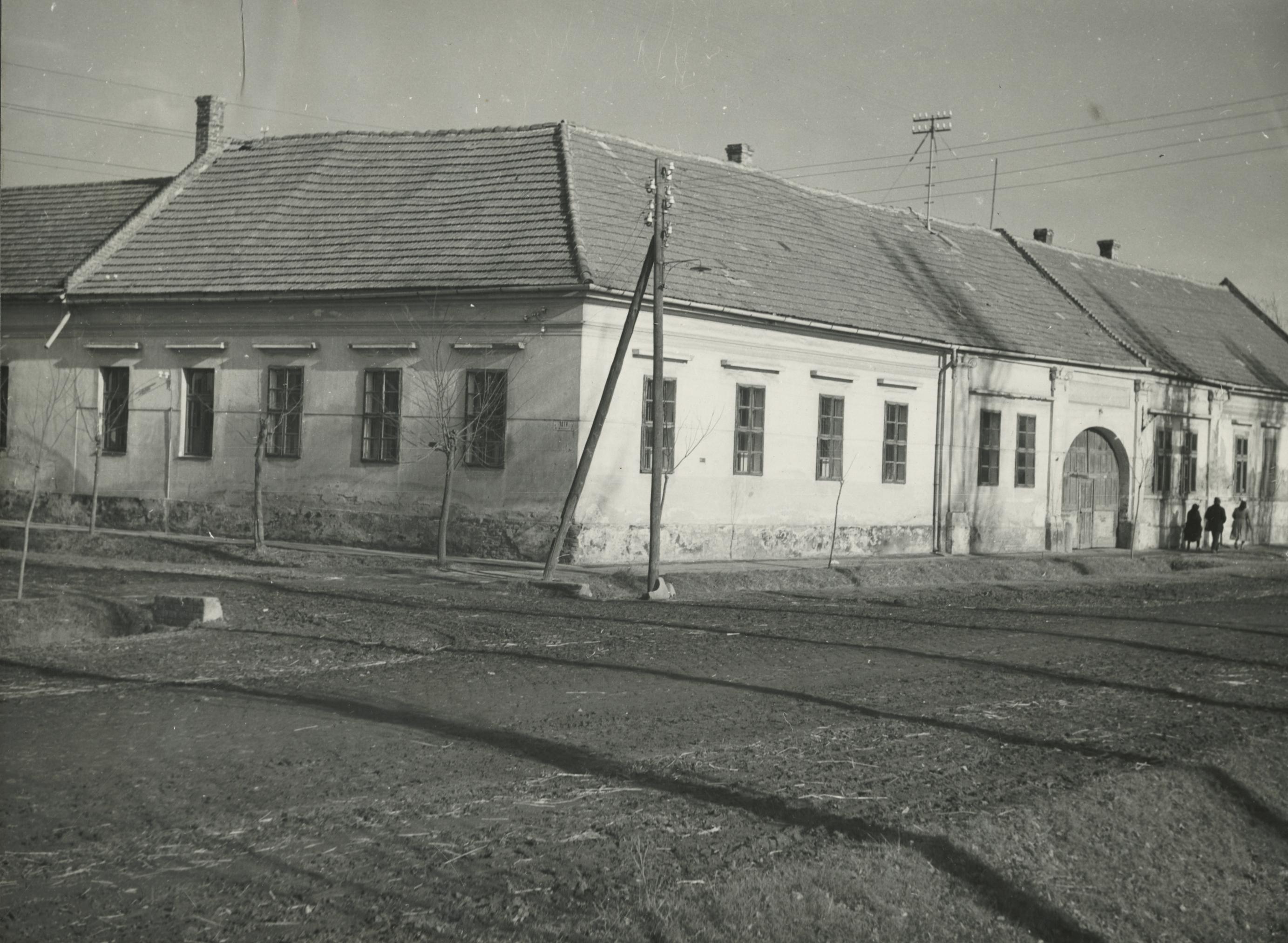 A békési Kossuth utca 34. szám alatti iskola épülete