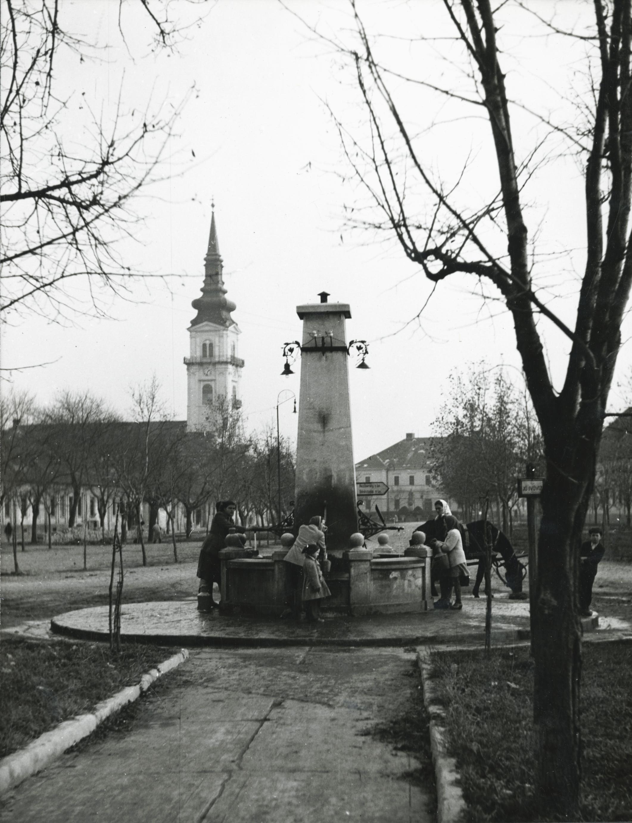 A békési Széchenyi téren lévő artézi kút