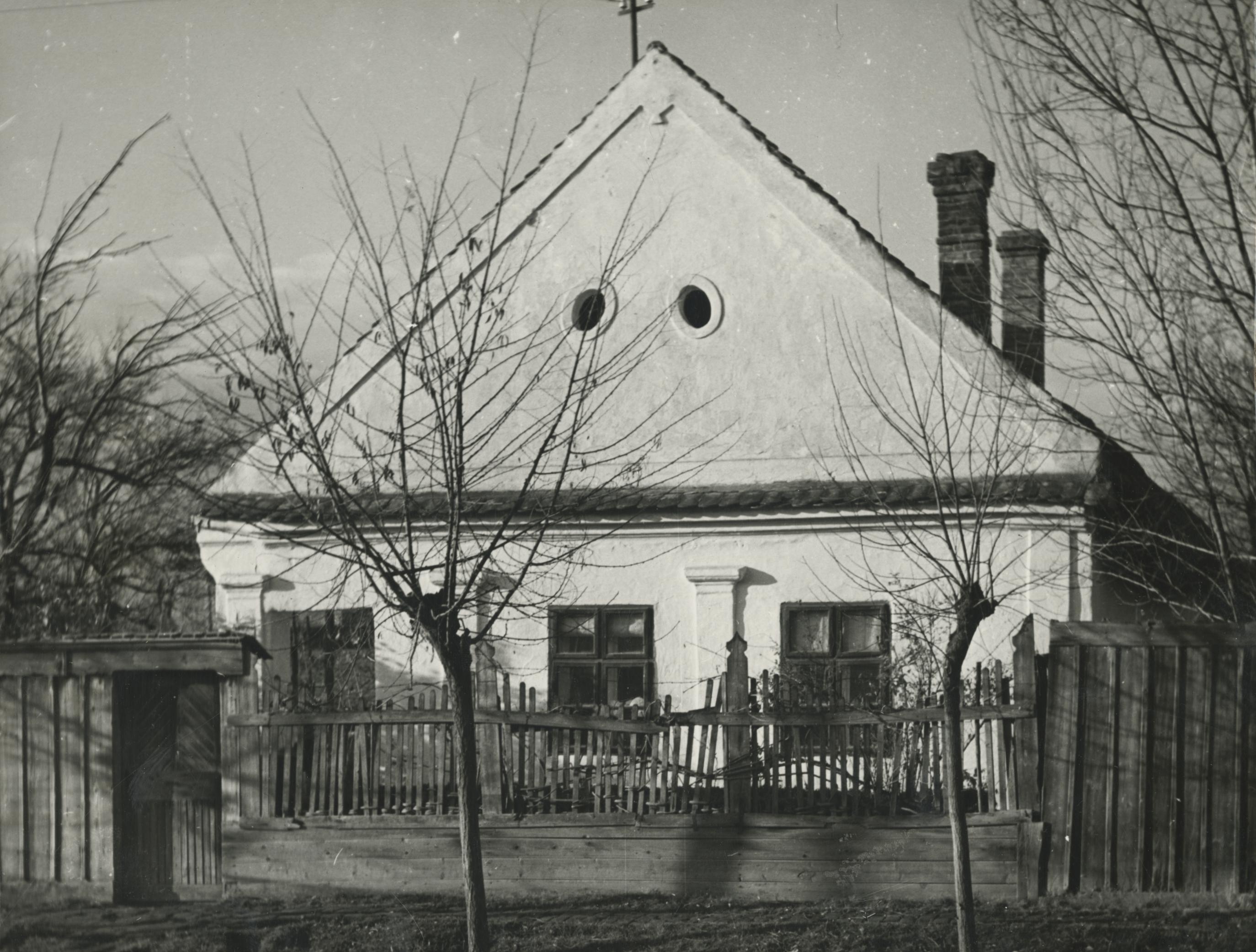 A békési Teleki László utca 12. szám alatti parasztház