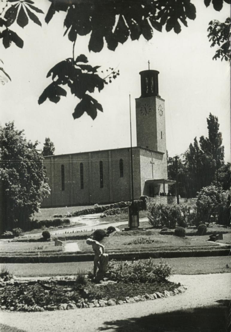 Balatonboglár, Szent Kereszt felmagasztalás-templom