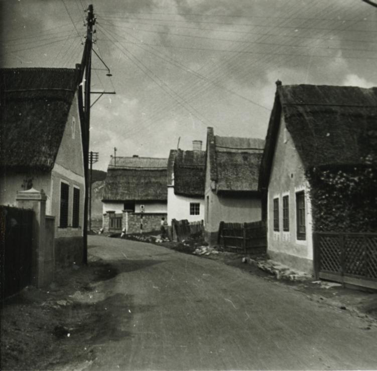 Csopaki utcakép