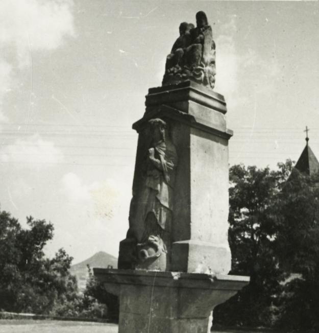 Badacsonytomaj, Szentháromság-szobor