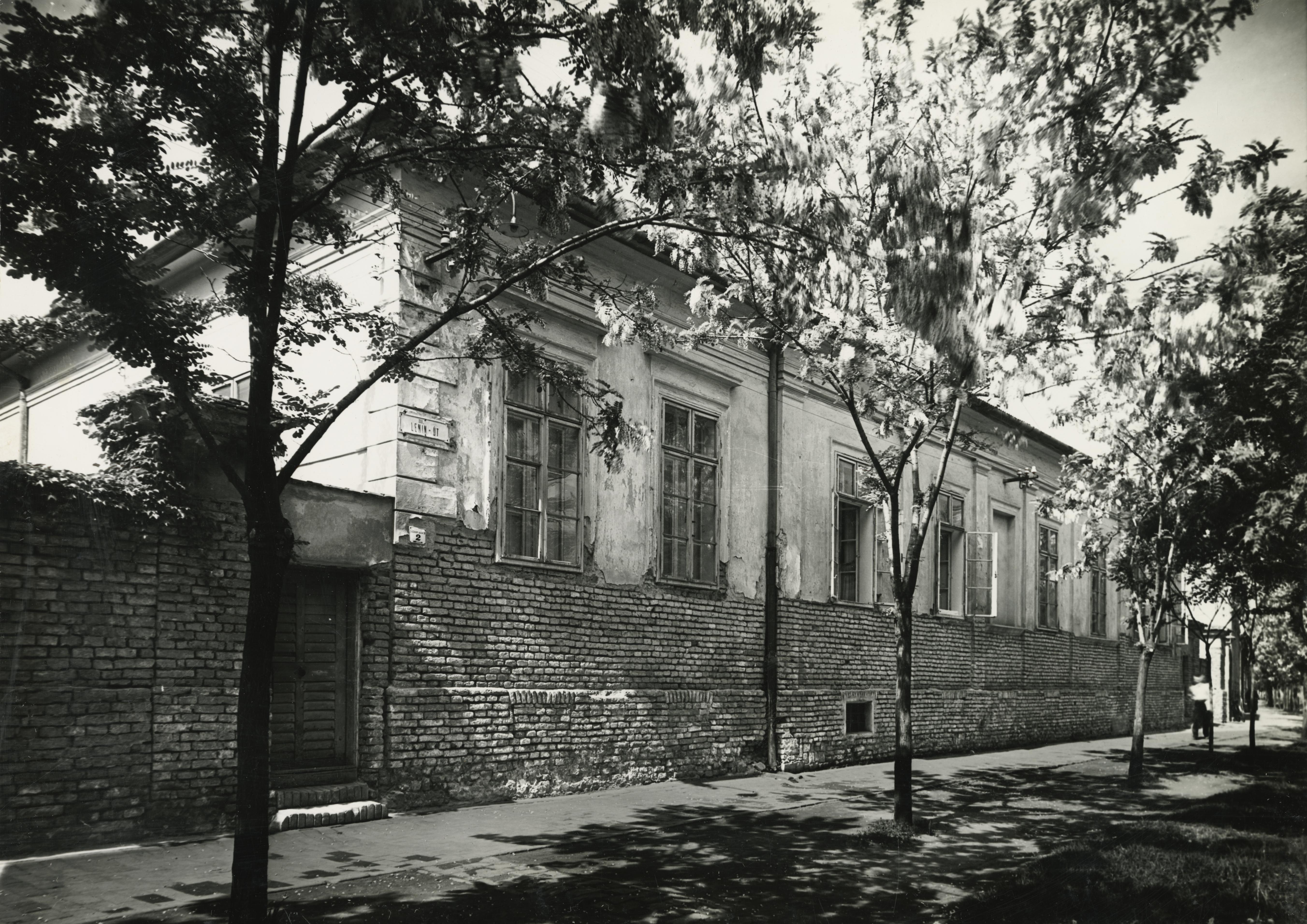 A békéscsabai Baross utca 2. szám alatti lakóház