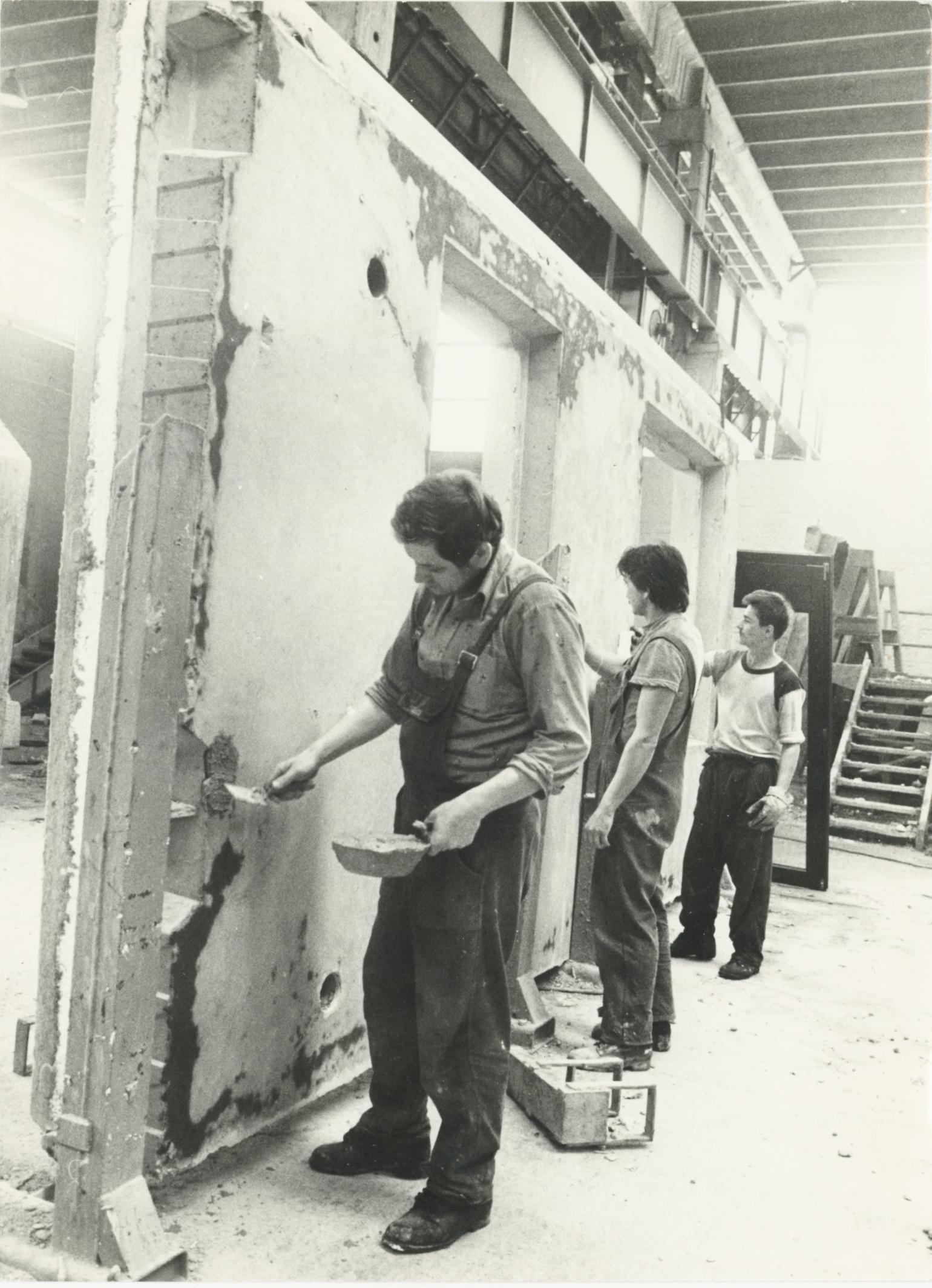 Sepsi Béla, Nagy Sándor és Milnár István, a 43. sz. ÁÉV munkatársai