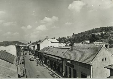 Rákóczi út látképe Salgótarjánban