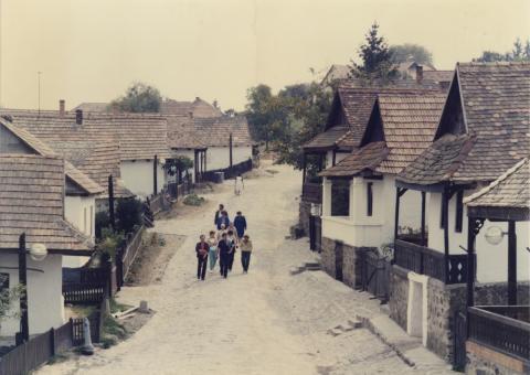 Hollókői utca