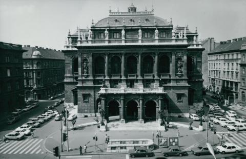 A Magyar Állami Operaház főhomlokzata